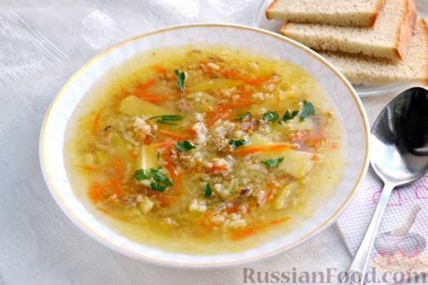 Суп из консервированного тунца с рисом
