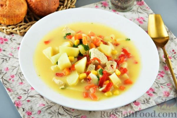 Суп с курицей, плавленым сыром и овощами