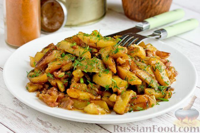 Жареный картофель с тушёнкой