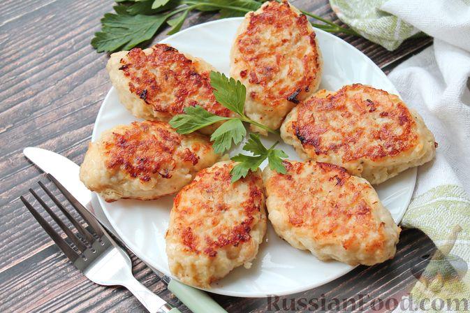Рубленые рыбные котлеты с картошкой и сыром
