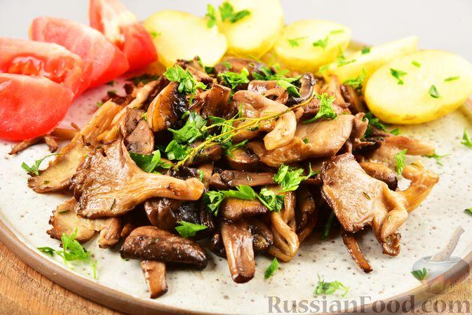 Жареные грибы с тимьяном и чесноком