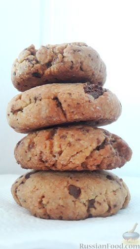 Американское песочное печенье с шоколадной крошкой