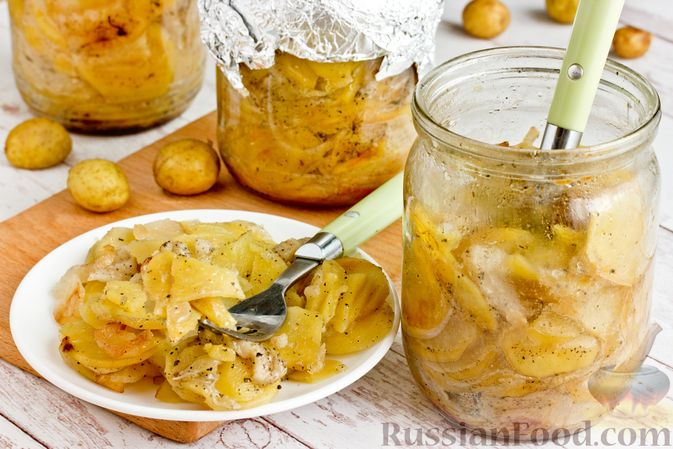 Картошка, запечённая с салом (в банках)