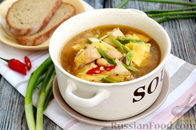 Пряный суп с куриным филе и консервированной фасолью