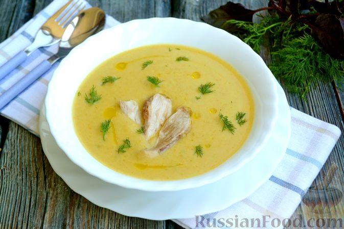 Крем-суп из кабачка, зеленого горошка и стручковой фасоли