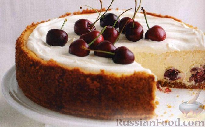 Чизкейк с белым шоколадом и вишнями