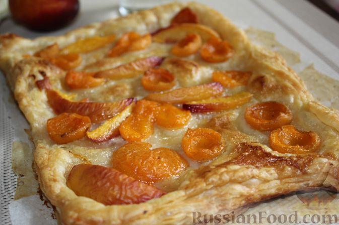 Слоеный пирог с фруктами
