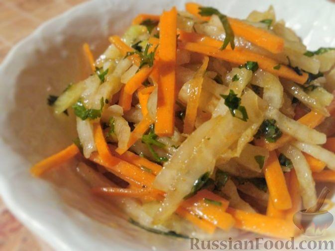 Салат из кольраби с морковью и чесноком