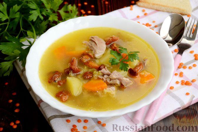 Суп с индейкой, лисичками и чечевицей