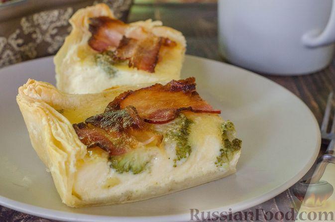 Киш с брокколи в яично-сырной заливке и беконом