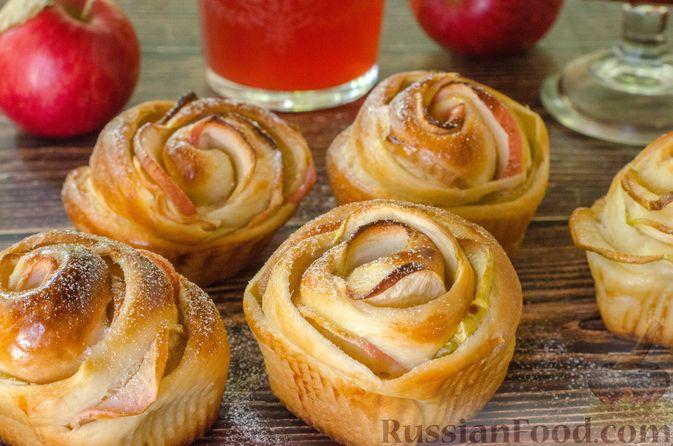 """Дрожжевые булочки """"Розочки"""" с яблоками"""