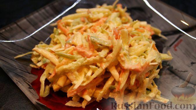 Салат из капусты, редьки, моркови и сыра