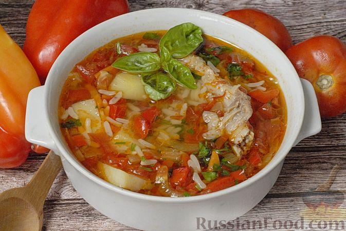 Суп со свиными рёбрами, рисом, помидорами и сладким перцем