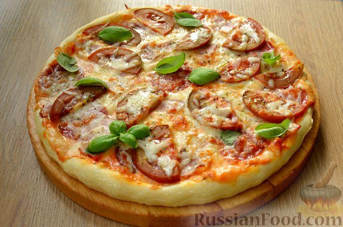 Пицца из дрожжевого теста длительного брожения, с копчёностями и помидорами