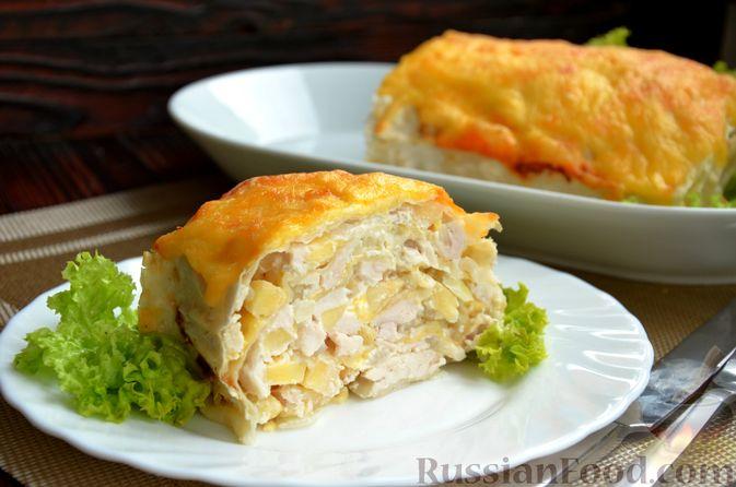 Рулет из лаваша с куриным филе, айвой и сыром (в духовке)