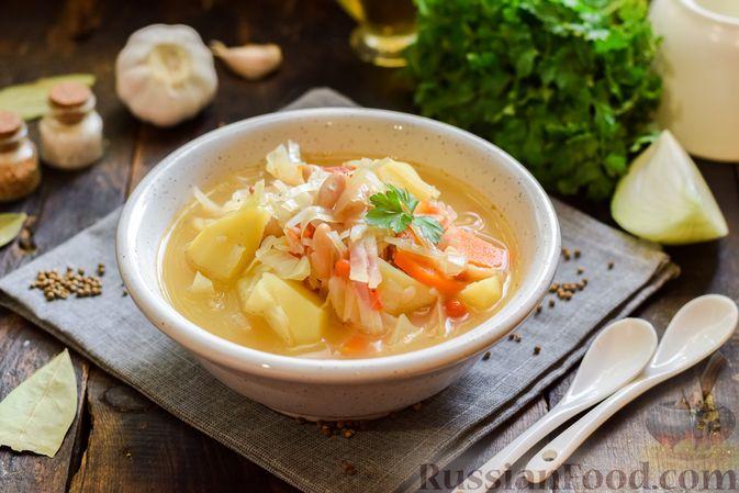 Овощной суп с фасолью и капустой