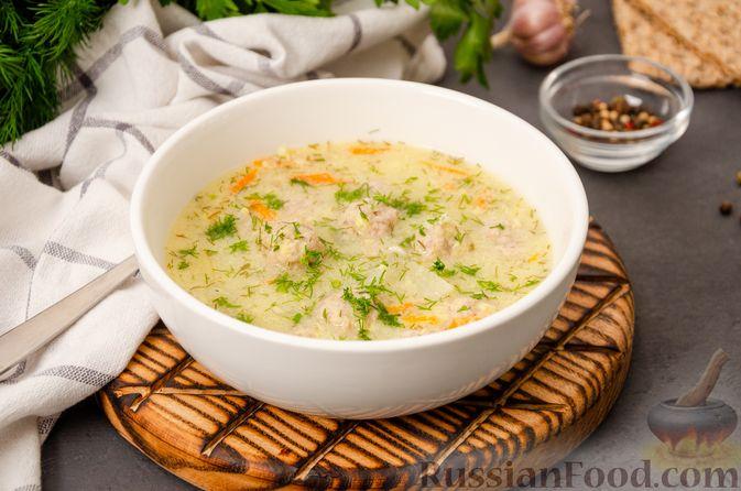 Суп с фрикадельками и яичной заправкой