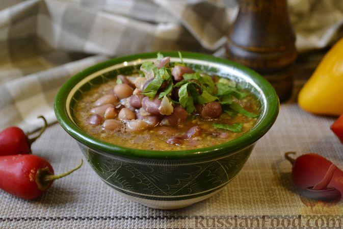 Фасолевый суп с грецкими орехами