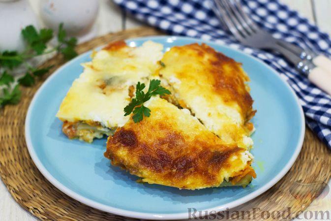 Картофельная запеканка с тыквой, шпинатом, сыром и сметаной