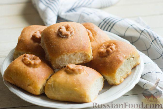Дрожжевые пирожки с капустой (в духовке)