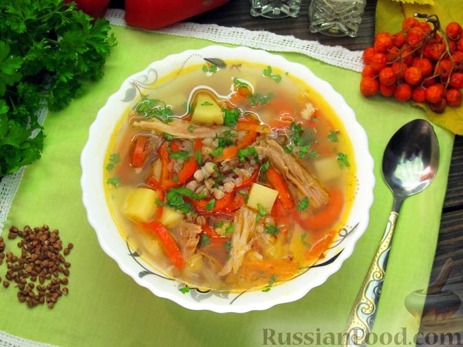 Гречневый суп с курицей и болгарским перцем