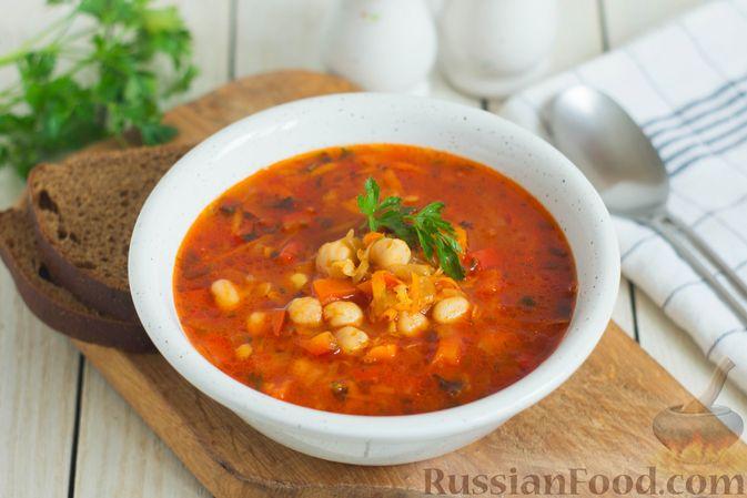 Овощной суп с нутом и чечевицей