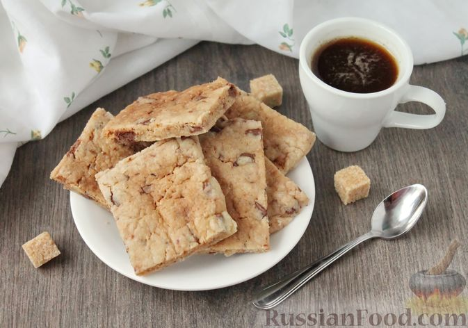 Быстрое печенье с шоколадной крошкой (в микроволновке)