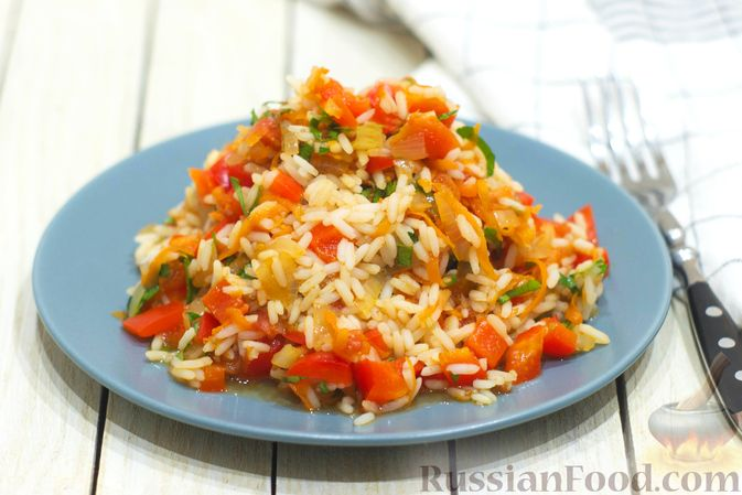 Рис с овощами, в сковороде