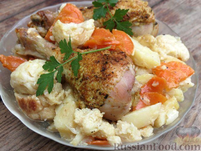 Куриные голени, запечённые с картофелем и цветной капустой (в рукаве)