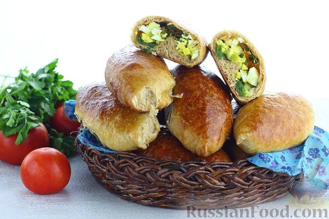 Пшенично-гречневые пирожки с зелёным луком и яйцами (в духовке)