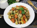 Картошка, запечённая с цветной капустой, грибами и сладким перцем, в рукаве