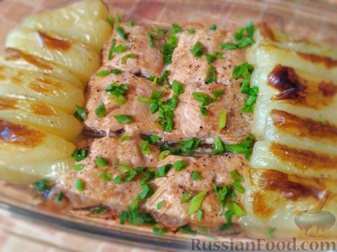 Горбуша, запечённая с болгарским перцем