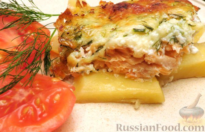 Картофельная запеканка с сёмгой и сырно-сливочным соусом