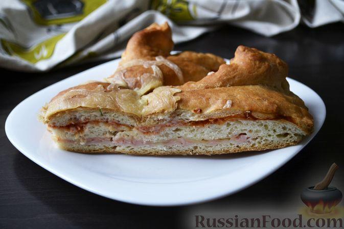 Дрожжевой пирог на кефире, с колбасой и сыром