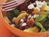 Салат из апельсина, свеклы и аругулы
